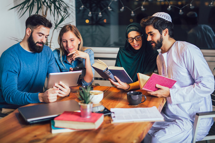 10 tips for creating trusting cross-culturalteams