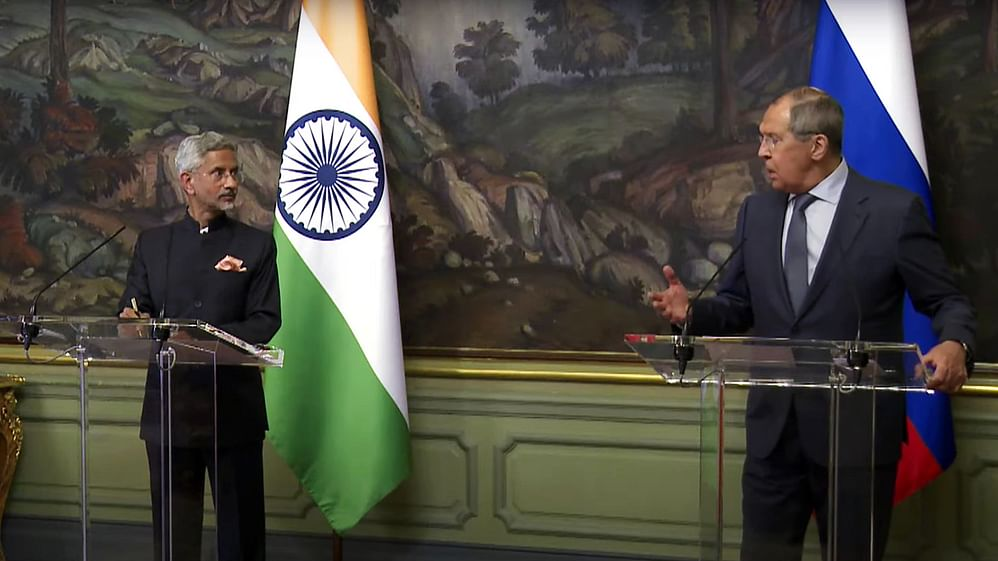 """Despite a shift towards USA and Japan, India maintains close friendship with Russia and a """"multipolar"""" worldview"""